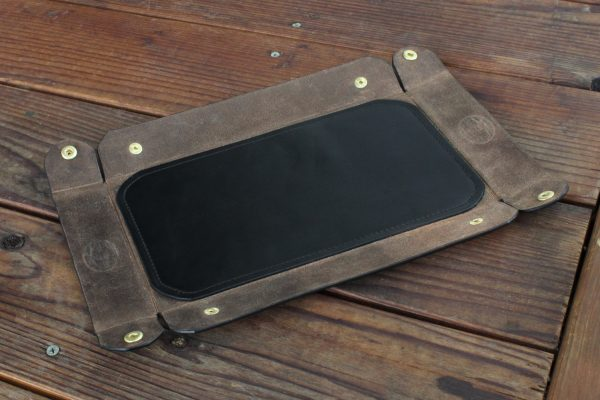 Valet Tray With Snaps